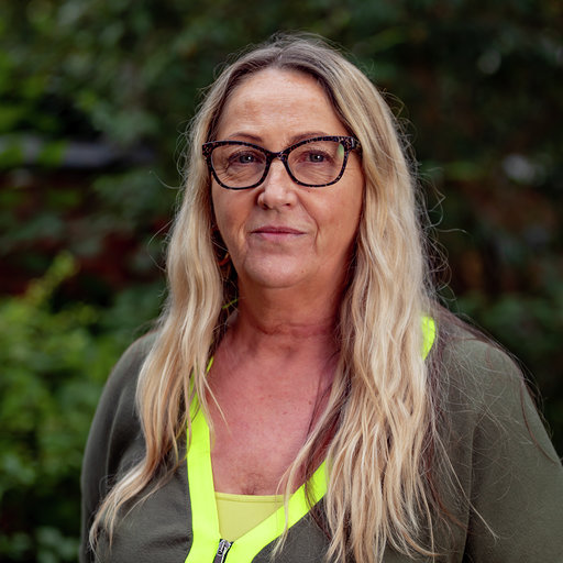 Elaine Simpson, Domestic Worker